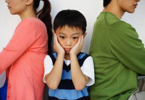 Quyền nuôi con và nghĩa vụ cấp dưỡng nuôi con khi ly hôn
